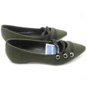 #118 Conway Olive Green Pointed toe flats  8.5